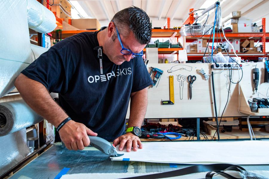 sci artigianali fatti a mano su misura handmade custom wooden skis