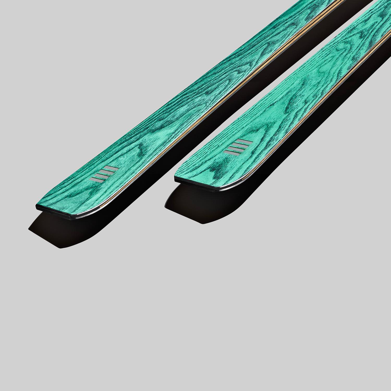 sci da pista in legno verde | art65evo | OperaSkis