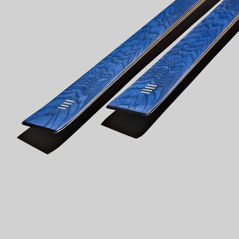 sci da pista in legno blu | art77 | OperaSkis