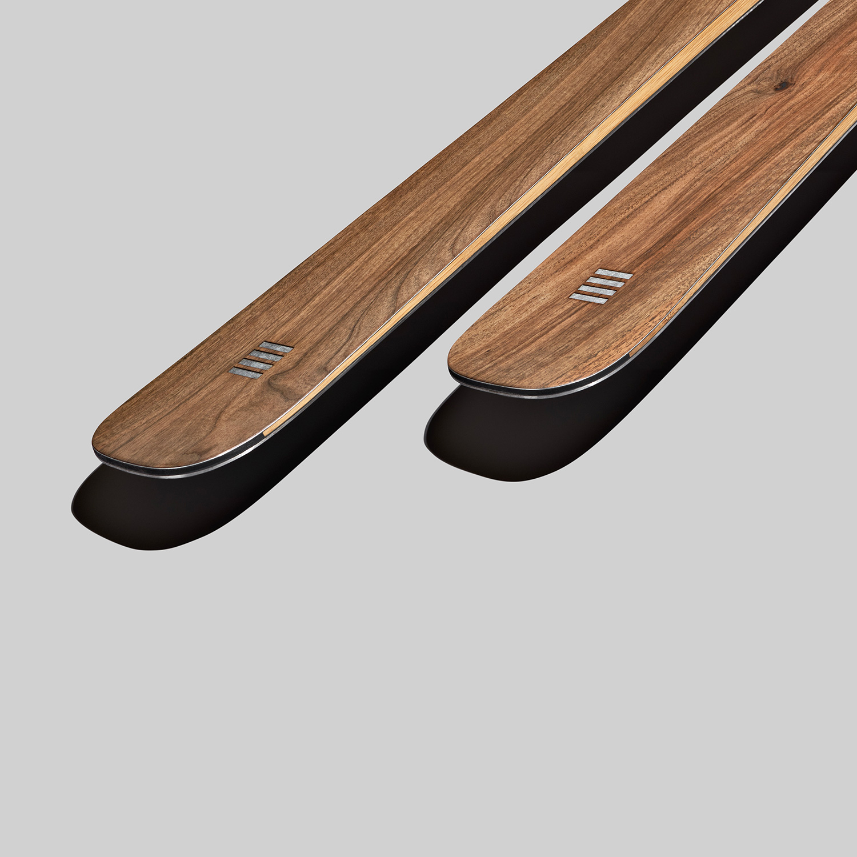 Sci vintage in legno di Noce | Art 89 | OPERA Skis