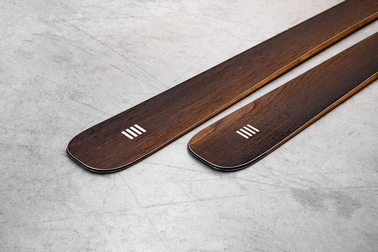 Ski tails in Abonos fossil wood, art89 skis by OPERA Skis